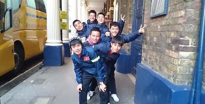 Dạo chơi London, U19 Việt Nam nghênh chiến U19 Arsenal