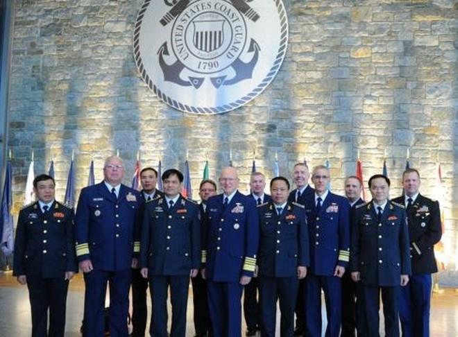 Mỹ cử sĩ quan tuần duyên đến Việt Nam