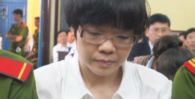 Đổi kiểm sát viên, đề nghị mức án của Huyền Như
