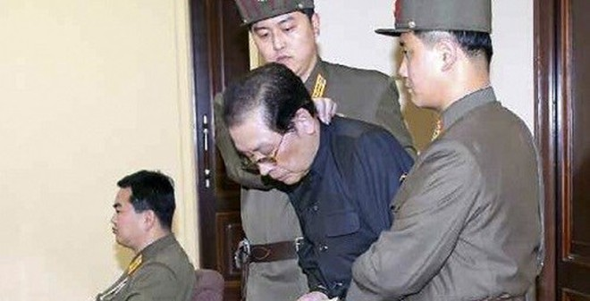 Báo HQ: Kim Jong Un sắp tử hình công khai 200 quan chức cấp cao
