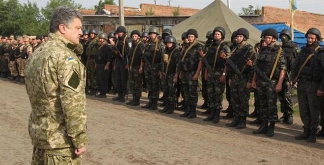 """TT Ukraine tuyên bố có """"kế hoạch B"""" thay thế kế hoạch hòa bình"""