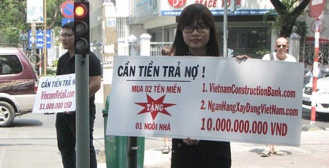 Tên miền giả danh đại gia bán dạo giá 10 tỷ ở vỉa hè Sài Gòn