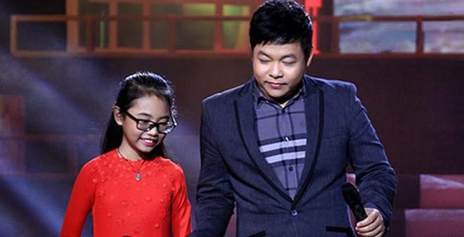 Fan thích thú clip Phương Mỹ Chi song ca Quang Lê trên ô tô