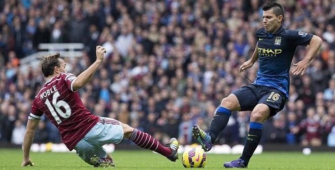 Thoát án phạt nguội, Aguero sẵn sàng bắn phá Man United