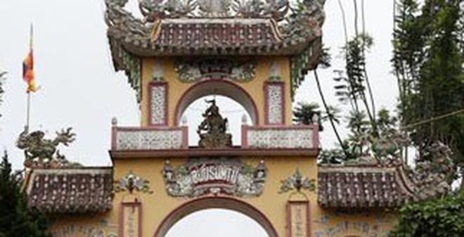 Huyền bí ngôi chùa ma ở Lâm Đồng