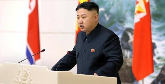 """Triều Tiên thanh trừng chú Kim Jong Un vì muốn """"kết thân"""" với Mỹ?"""