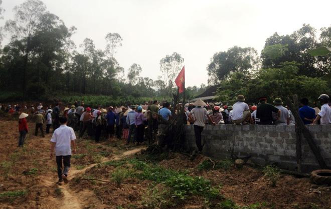 Hơn 100 chiến sỹ giải cứu 4 công an bị dân vây đánh
