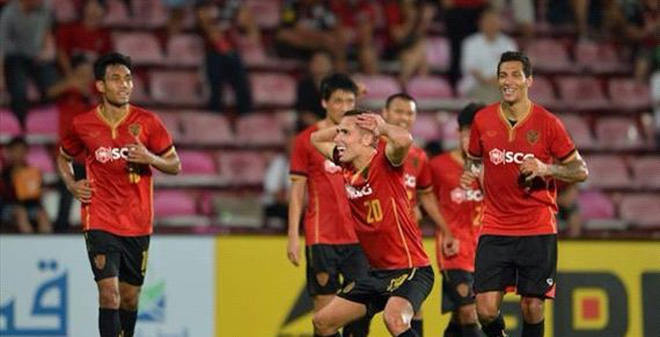 Muangthong United 2-0 Hà Nội T&T: Bá nghiệp có thành?