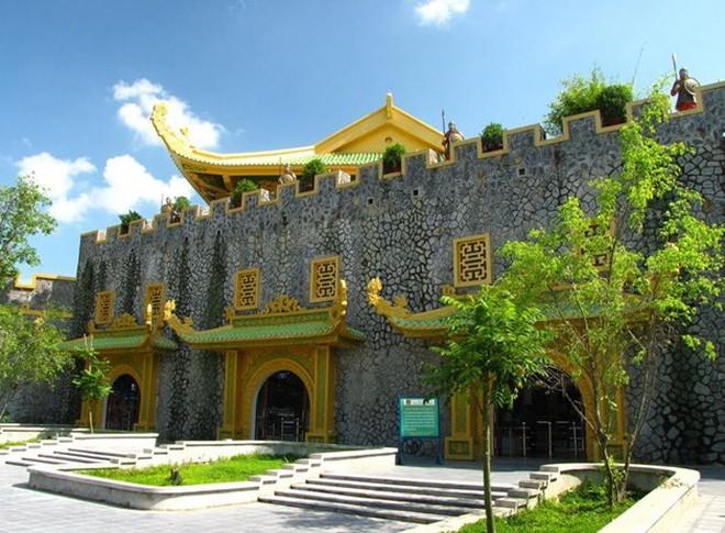 Khu du lịch Đại Nam của đại gia Huỳnh Uy Dũng chính thức tạm đóng cửa