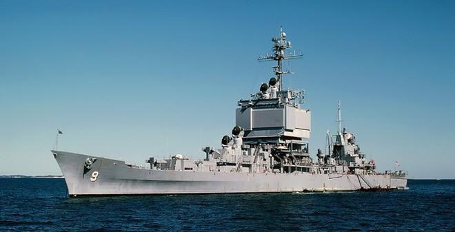 Cận cảnh tuần dương hạm hạt nhân lớn nhất của Mỹ