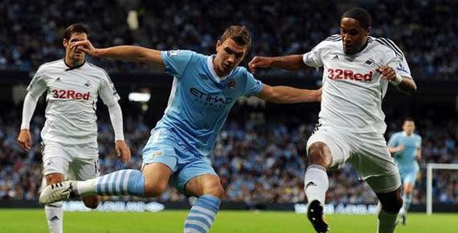 Swansea vs Man City: Cú sốc đầu năm?!