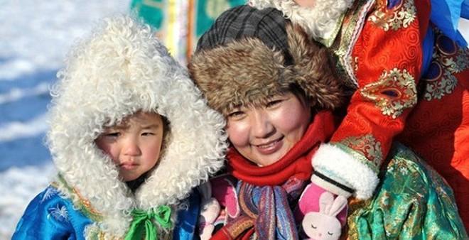 Ghé thăm Mông Cổ du mục qua lễ hội Lạc đà