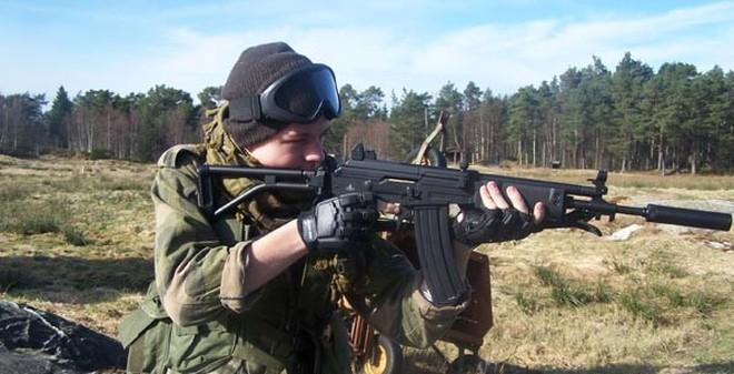 Lai lịch đặc biệt của súng trường Israel mà VN đang sản xuất