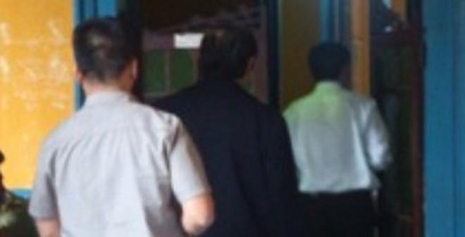 """Ông Nguyễn Bá Thanh đến dự phiên tòa xử """"siêu lừa"""" Huyền Như"""