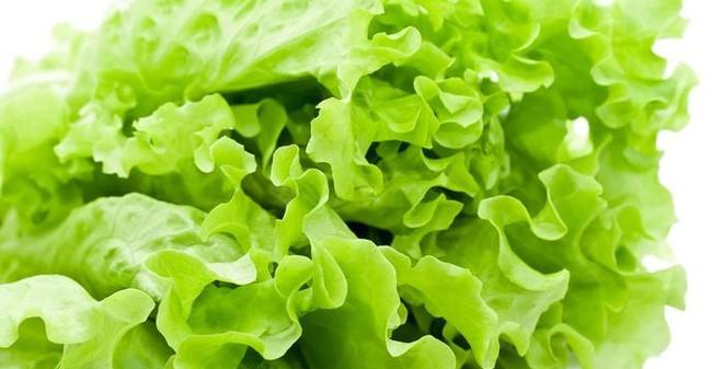 9 loại rau củ dính thuốc trừ sâu khủng khiếp nhất chợ
