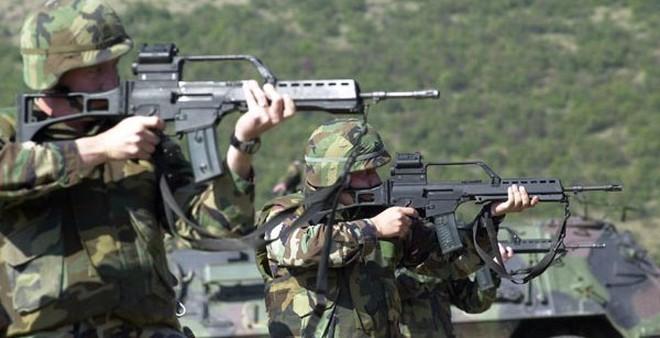 Vì sao Đức bất ngờ dừng mua súng trường tấn công HK G36?