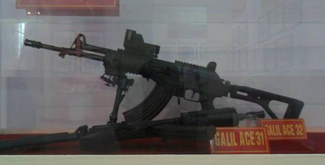 Chùm ảnh về súng trường Israel mà Việt Nam đang sản xuất