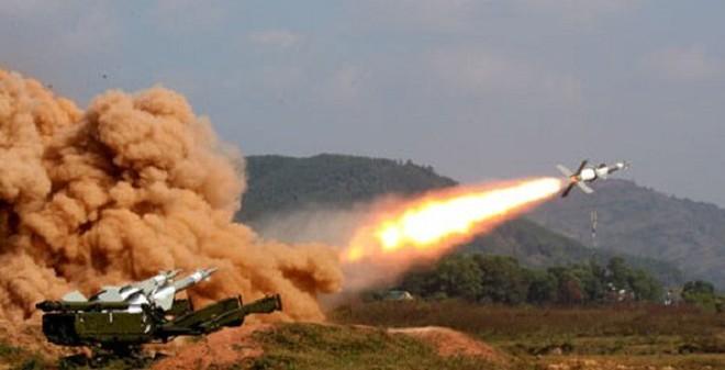 """Uy lực """"lá chắn phòng không"""" S-125-2TM Việt Nam"""