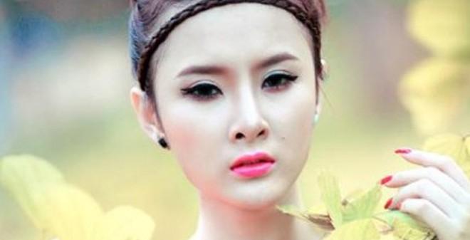 Ảnh mộc mạc và kiêu kỳ của Angela Phương Trinh được thích thú