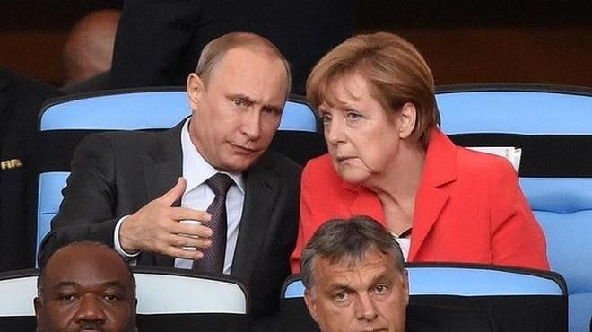 IS tung đoạn video đe dọa bà Merkel và ông Putin