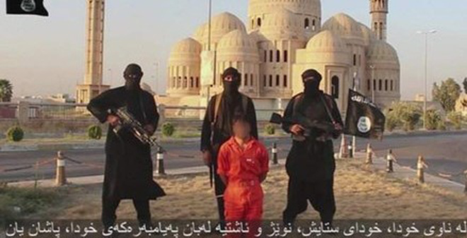 Phiến quân Hồi giáo lại tung clip chặt đầu man rợ