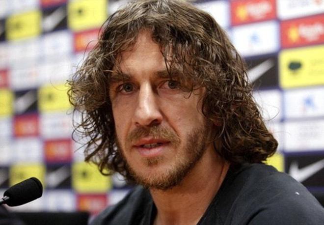 Sao Barca buồn phát khóc vì Carles Puyol