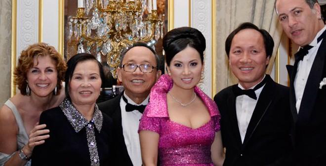 Những tỷ phú gốc Việt khiến cả nước Mỹ phải nể phục