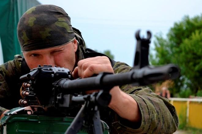 Putin kêu gọi quân ly khai Ukraine mở vòng vây cho đối phương