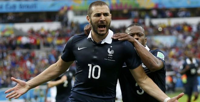 Pháp vs Thụy Sĩ: Thử cản Benzema đi