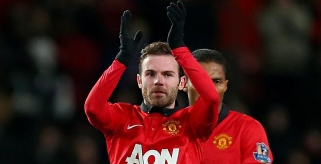 """TIN VẮN SÁNG 14/2: Mới về Man United, Mata đã """"bật"""" David Moyes?"""