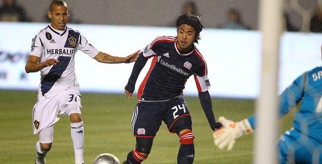 Klinsmann gọi Lee Nguyễn vào tuyển Mỹ đá với Colombia tại London