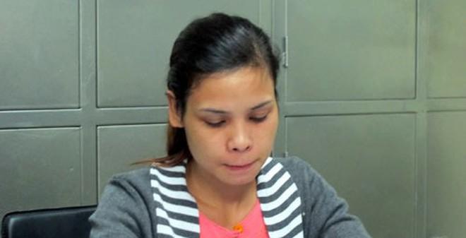 Nước mắt mẹ già có con gái bắt cóc trẻ sơ sinh
