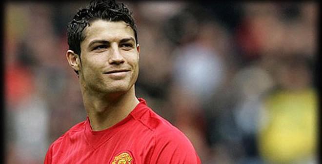 Sự thật nào đằng sau chuyện Cris Ronaldo đòi về Man United?