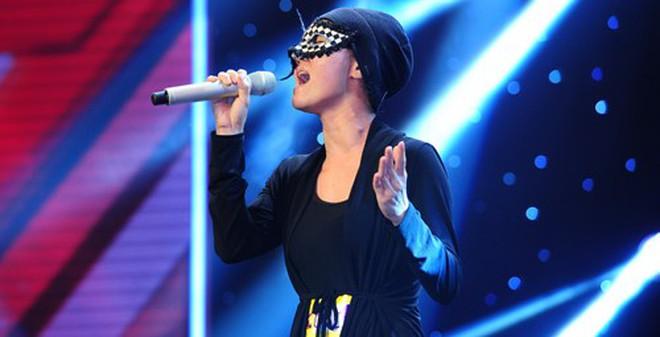 Những sự thật ít ngờ vụ Anh Thúy X-Factor giả danh