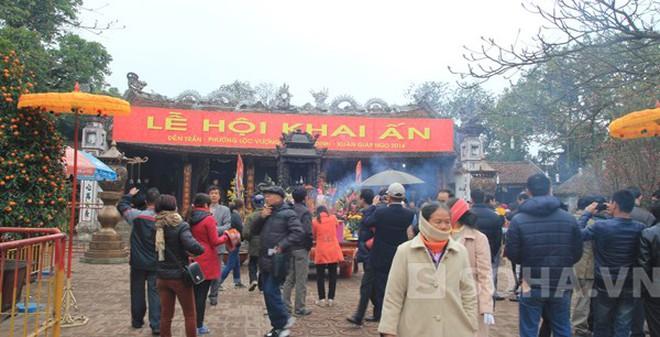 Đền Trần Nam Định trước giờ khai ấn