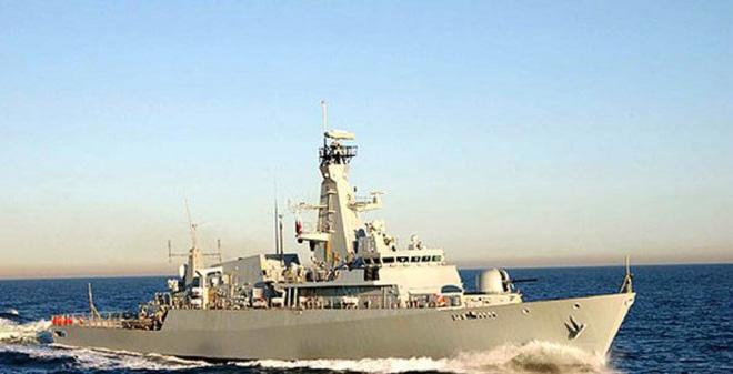 """Singapore tẩy chay tàu chiến Indonesia mang tên """"khủng bố"""""""