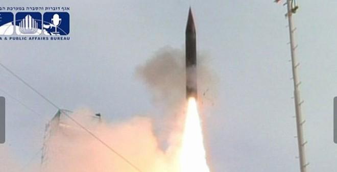Israel thử thành công lần thứ 2 tên lửa Arrow III