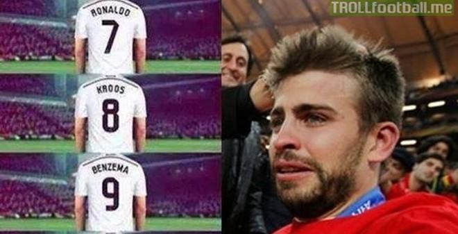 """Ảnh chế: Pique """"khóc ngất"""" khi nhìn thấy Ronaldo, Bale, Kroos"""