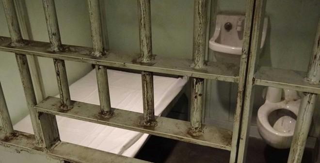 Mỹ: Trại giam bang phải thả tù nhân vì... hết thức ăn