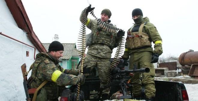 Kiev tố ly khai dàn trận ở Mariupol, tuyên bố sẵn sàng đương đầu