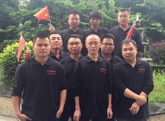 the - he - vang - cua - aoe - trung - quoc - da - buoc - sang - suon - doc - ben - kia - su - nghiep