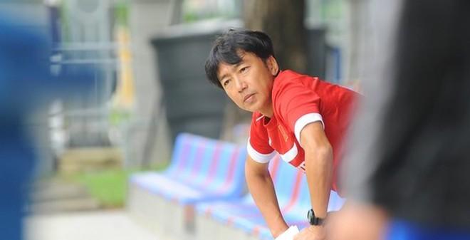 """HLV Miura nín thở chờ """"máy quét"""" trở lại"""