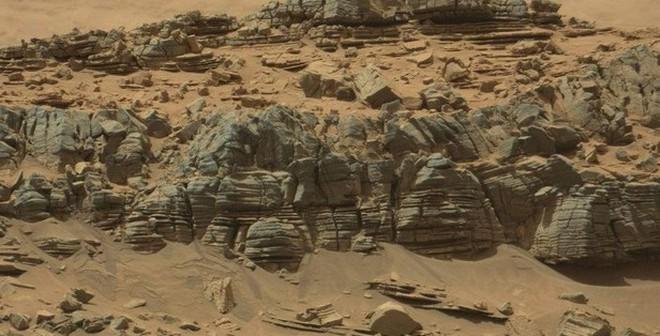 Bức ảnh quái vật trên Sao Hỏa lại gây náo loạn cộng đồng mạng