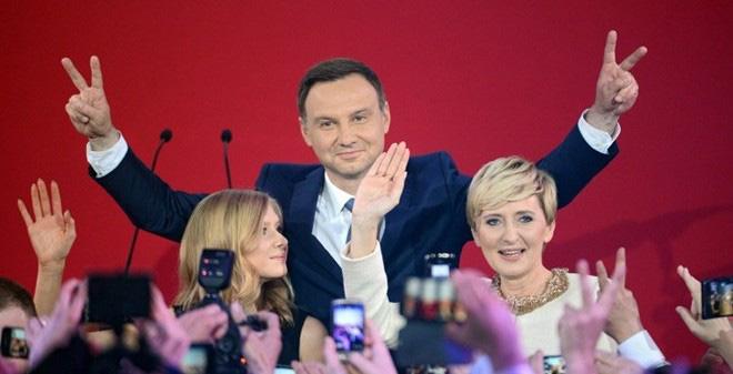 Tân Tổng thống Ba Lan sẽ mềm mỏng với Nga, thân thiết với Mỹ?