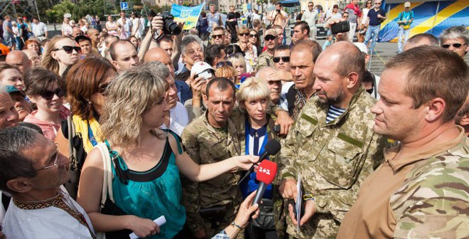Người biểu tình Ukrainetấn công dinh tổng thống