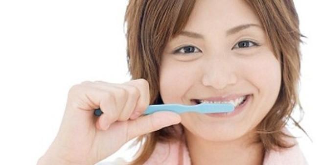 Những sai lầm khi đánh răng, rửa mặt mà bạn chớ mắc phải