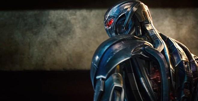 """Những chi tiết giống nhau giữa """"Avengers 2"""" và """"Bảy Viên Ngọc Rồng"""""""
