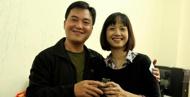Vẻ giản dị hơn 10 năm không thay đổi của MC Tùng Chi