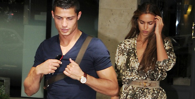 Vì sao bỏ Irina Shayk, Ronaldo dễ sa ngã và tụt dốc?