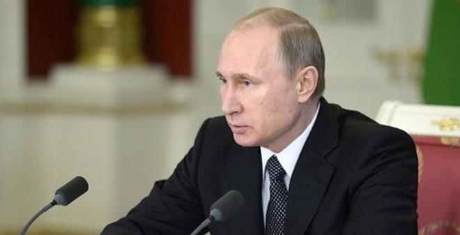 "TT Putin: Ukraine ""xin tiền"" IMF là sự sỉ nhục nhân dân Ukraine"